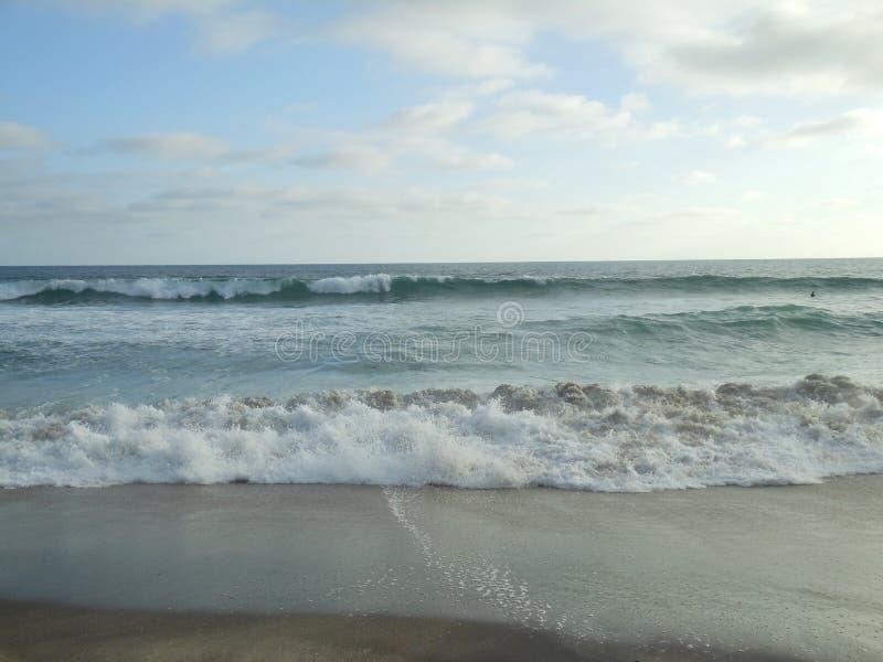 Κυλώντας κύματα στοκ φωτογραφίες με δικαίωμα ελεύθερης χρήσης
