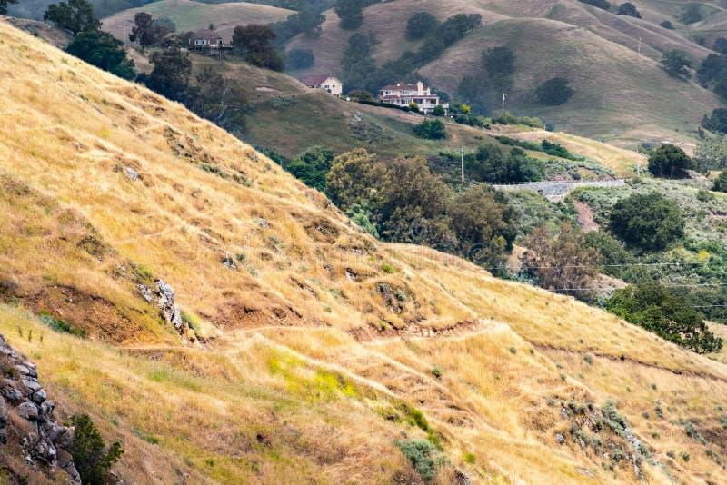 Κυλώντας λόφοι στην περιοχή κόλπων του νότιου Σαν Φρανσίσκο, San Jose, Καλιφόρνια στοκ εικόνα