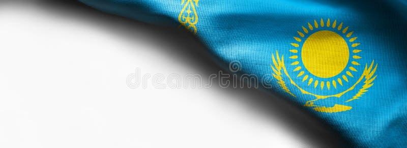 Κυματίζοντας σημαία του Καζακστάν στο άσπρο υπόβαθρο - σωστή τοπ σημαία γωνιών στοκ εικόνες