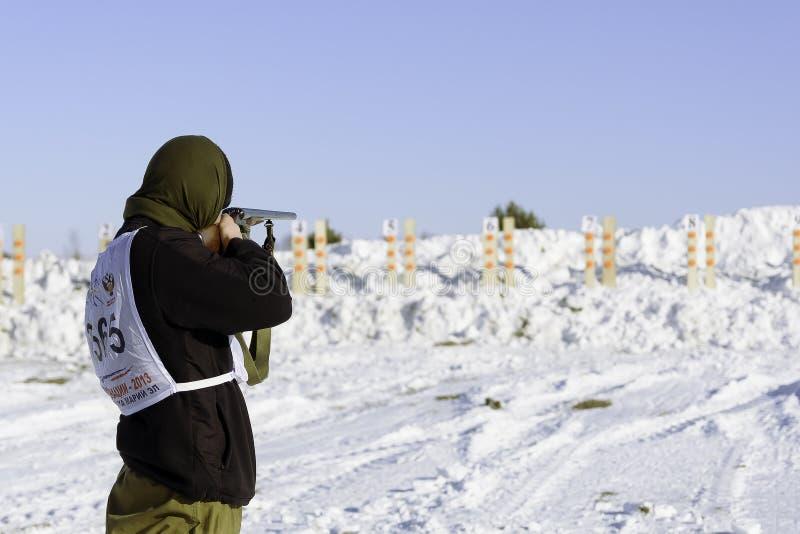Κυνήγι biathlon στοκ εικόνες