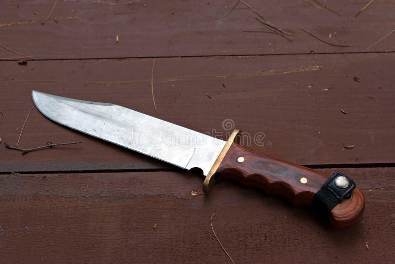 κυνηγετικό μαχαίρι μεγάλ&omi στοκ εικόνες