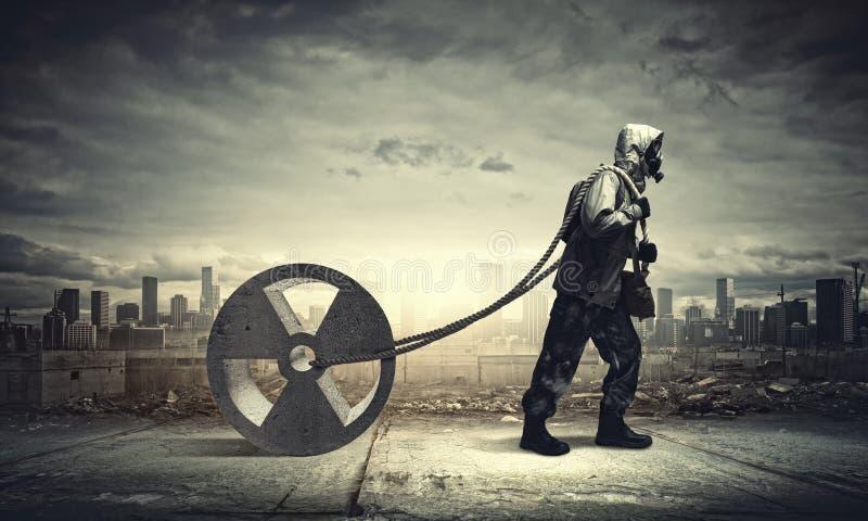 Κυνηγός που τραβά το σχοινί στοκ εικόνες με δικαίωμα ελεύθερης χρήσης