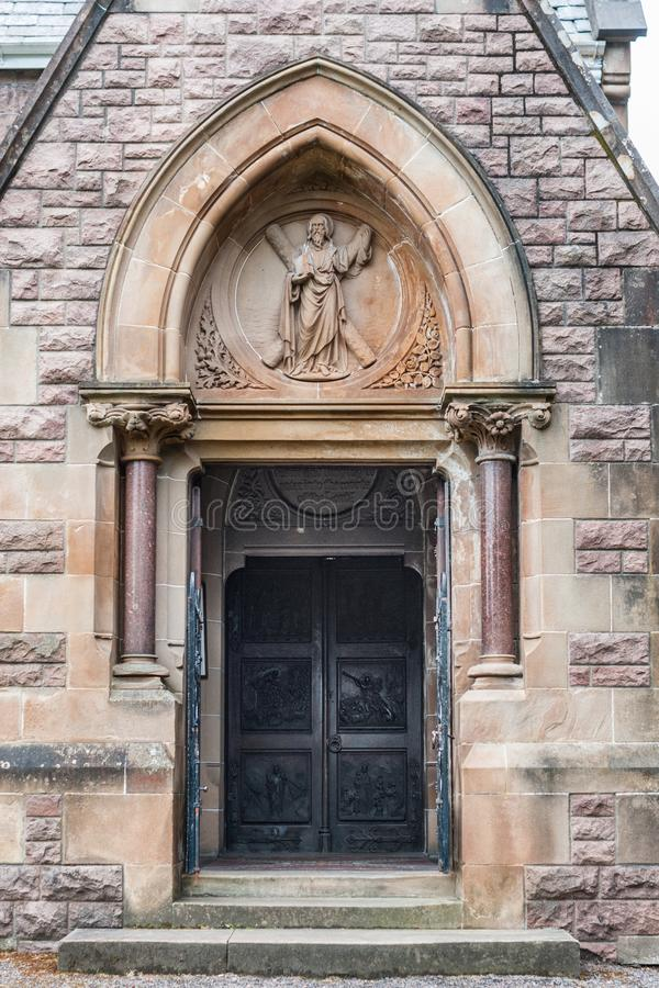 Κυρία είσοδος στην εκκλησία του Saint-Andrews, οχυρό William Σκωτία στοκ εικόνες με δικαίωμα ελεύθερης χρήσης