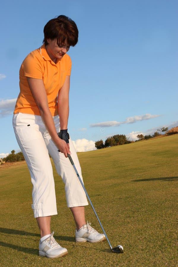 κυρία παικτών γκολφ στοκ φωτογραφίες