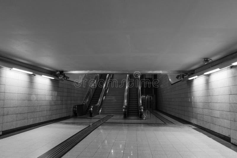 Κυλιόμενες σκάλες μετρό της Αθήνας στοκ εικόνα