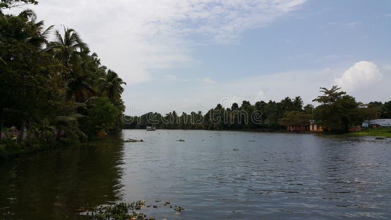 Κωπηλασία σε Azhapuzha, Κεράλα στοκ φωτογραφία με δικαίωμα ελεύθερης χρήσης
