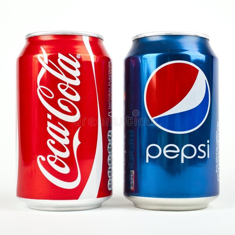 Κόκα κόλα εναντίον PEPSI στοκ φωτογραφία με δικαίωμα ελεύθερης χρήσης
