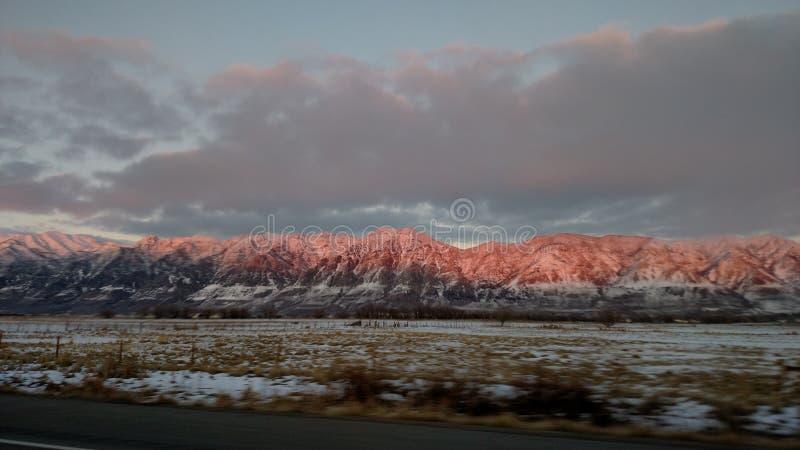 Κόκκινα βουνά στοκ εικόνες