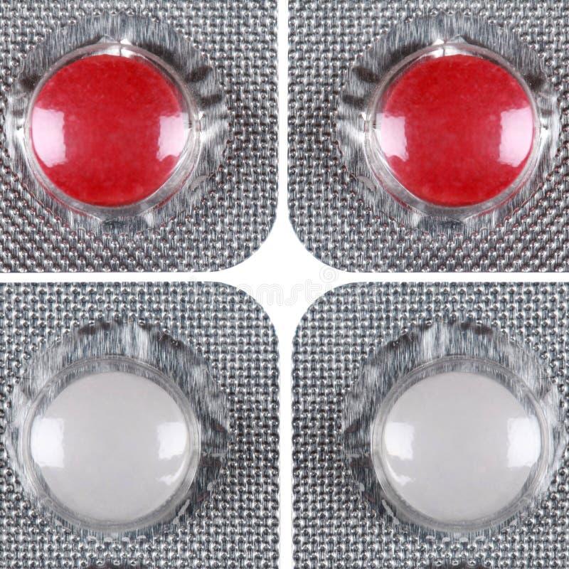 Κόκκινα και άσπρα χάπια σε μια φουσκάλα στοκ εικόνα