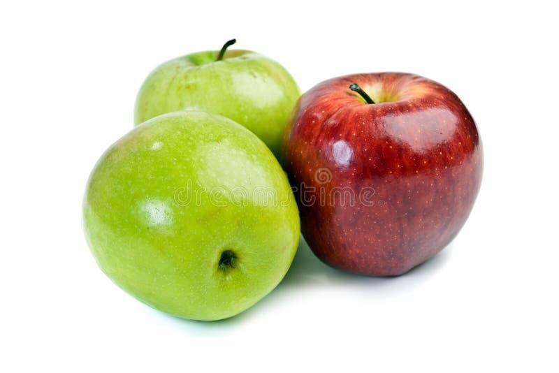 Κόκκινα και πράσινα μήλα στοκ εικόνα με δικαίωμα ελεύθερης χρήσης