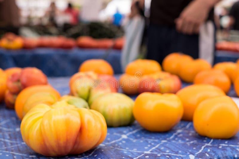 κόκκινες ντομάτες οικογενειακών κειμηλίων χρωμάτων κίτρινες στοκ φωτογραφίες με δικαίωμα ελεύθερης χρήσης