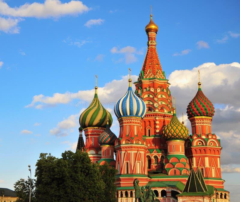κόκκινη Άγιος καθεδρικών ναών βασιλικού πλατεία της Μόσχας στοκ φωτογραφίες με δικαίωμα ελεύθερης χρήσης