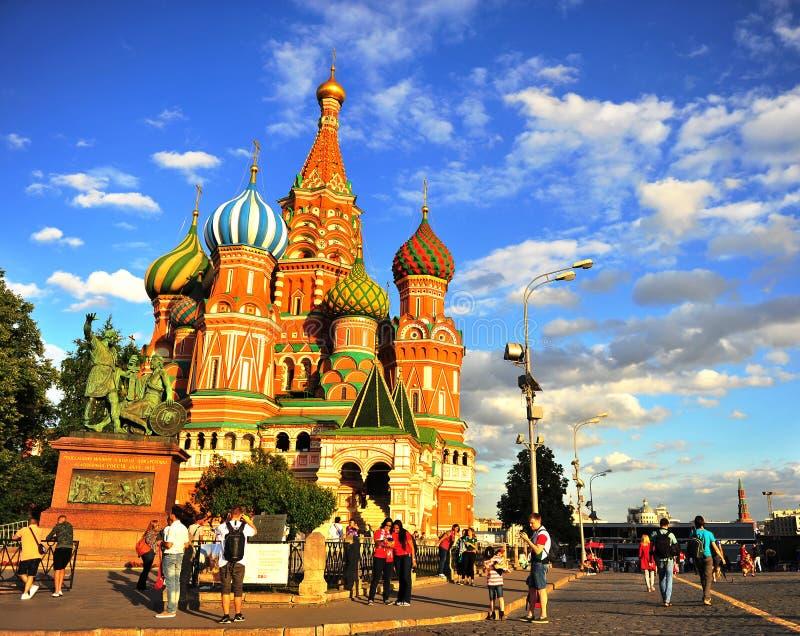 κόκκινη Άγιος καθεδρικών ναών βασιλικού πλατεία της Μόσχας στοκ φωτογραφίες