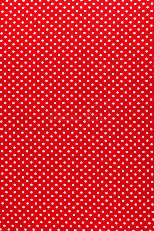Κόκκινη κάθετη άποψη υφάσματος βαμβακιού Πόλκα-σημείων στοκ φωτογραφίες με δικαίωμα ελεύθερης χρήσης