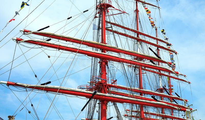 Κόκκινοι ιστοί πλοίου στοκ εικόνες με δικαίωμα ελεύθερης χρήσης