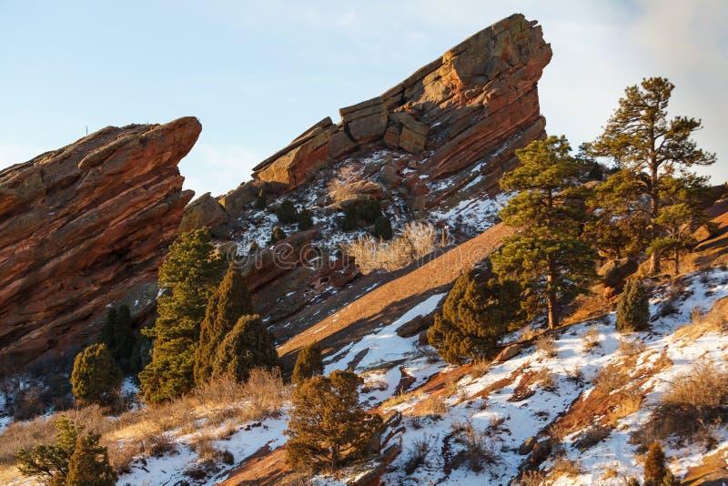 Κόκκινοι σχηματισμοί βράχου στα δύσκολα βουνά του Κολοράντο στοκ φωτογραφία με δικαίωμα ελεύθερης χρήσης