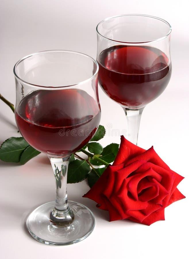 κόκκινος αυξήθηκε κρασί στοκ εικόνες