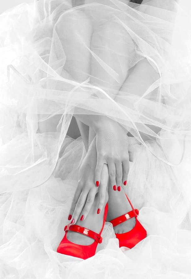 κόκκινος γάμος παπουτσ&iota στοκ εικόνα με δικαίωμα ελεύθερης χρήσης