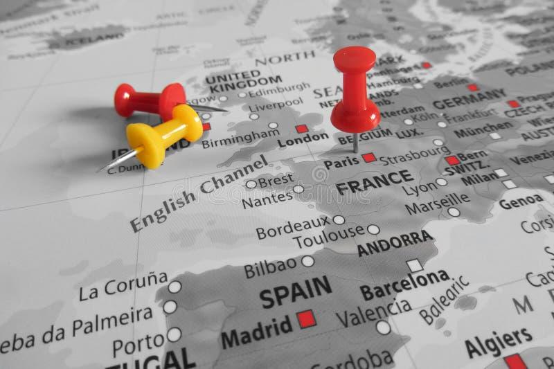 Κόκκινος δείκτης πέρα από τη Γαλλία - την Ευρώπη στοκ εικόνες με δικαίωμα ελεύθερης χρήσης