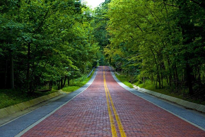κόκκινος δρόμος τούβλο&upsilo στοκ εικόνες