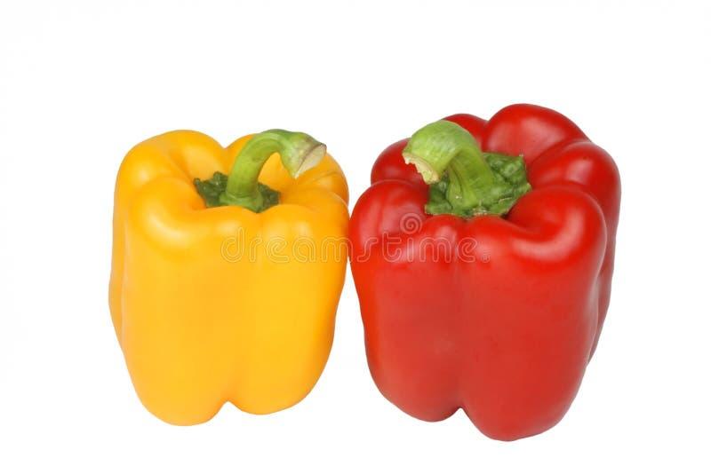 Download κόκκινος κίτρινος πιπερι στοκ εικόνα. εικόνα από αγορά - 1542639