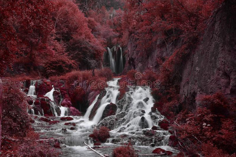 κόκκινος καταρράκτης στοκ εικόνες