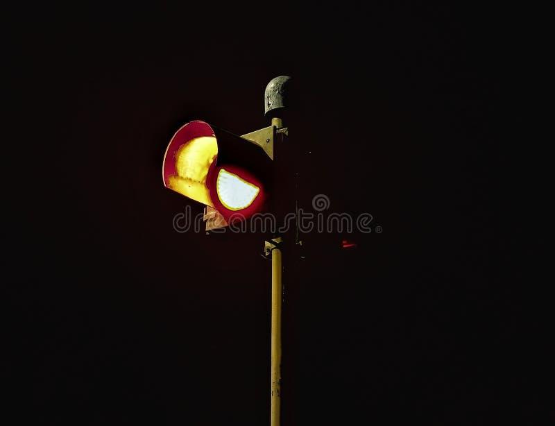 Κόκκινος σόλο φωτεινός σηματοδότης στοκ φωτογραφία με δικαίωμα ελεύθερης χρήσης