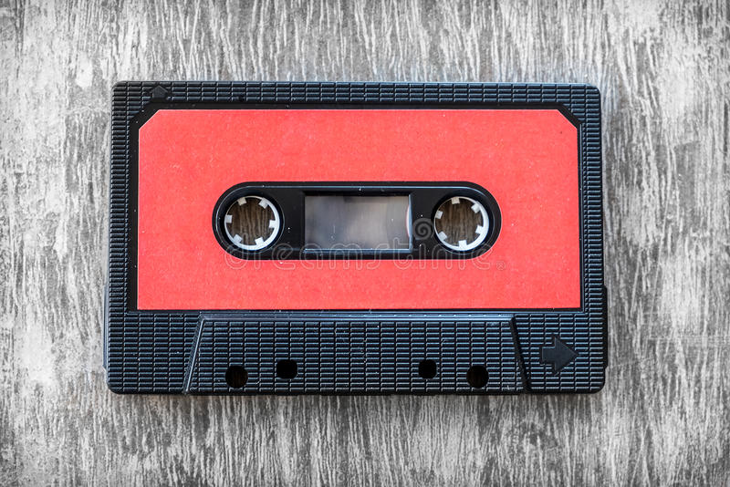 Κόκκινος τρύγος υποβάθρου κασετών ήχου ξύλινος στοκ φωτογραφίες με δικαίωμα ελεύθερης χρήσης