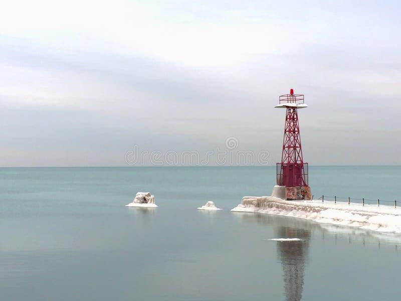 Κόκκινος φάρος το χειμώνα στοκ εικόνα με δικαίωμα ελεύθερης χρήσης
