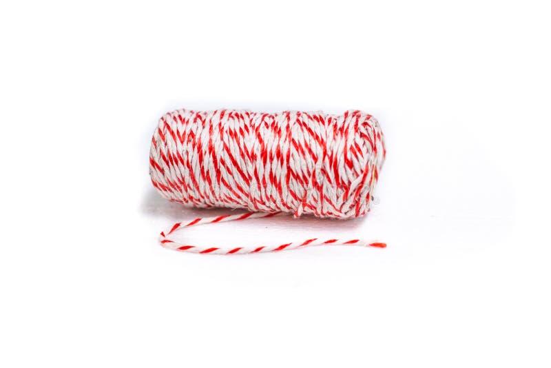 Κόκκινο άσπρο σχοινί βαμβακιού χρώματος για τη συσκευασία στοκ φωτογραφίες