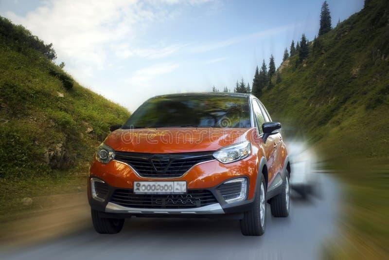 Κόκκινο αυτοκίνητο της Renault στοκ εικόνες με δικαίωμα ελεύθερης χρήσης