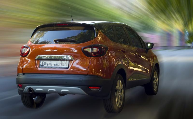 Κόκκινο αυτοκίνητο της Renault Kaptur στοκ φωτογραφία με δικαίωμα ελεύθερης χρήσης