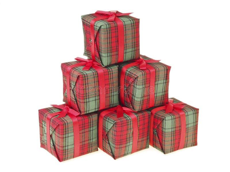 Κόκκινο βουνό δώρων στοκ φωτογραφία με δικαίωμα ελεύθερης χρήσης