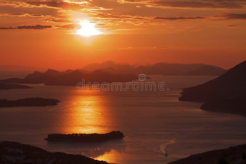 κόκκινο ηλιοβασίλεμα τη στοκ εικόνες