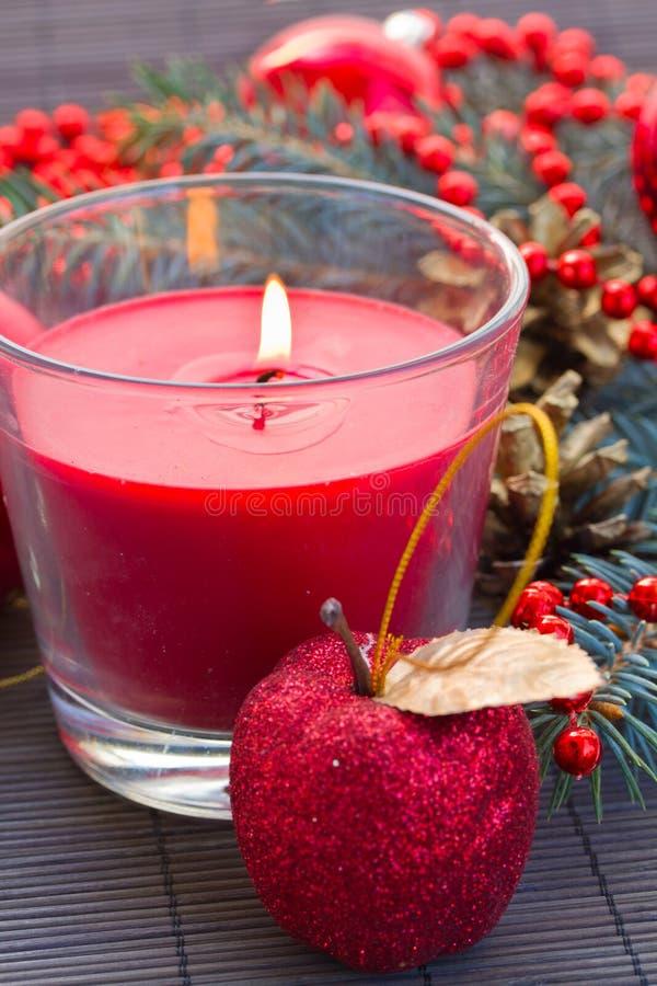 Κόκκινο κερί Χριστουγέννων στοκ φωτογραφία με δικαίωμα ελεύθερης χρήσης