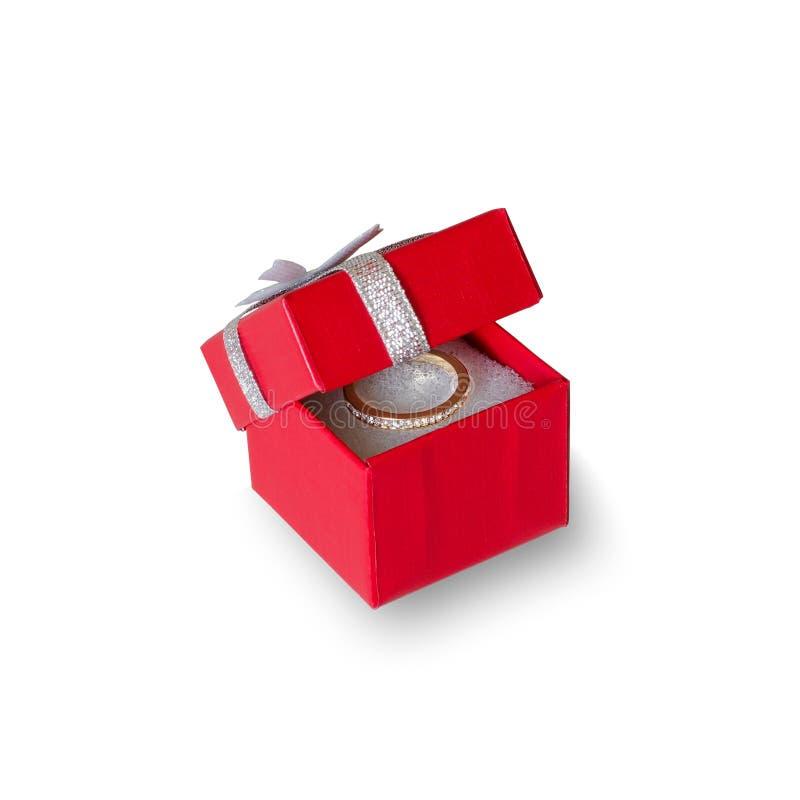 Κόκκινο κιβώτιο για το κόσμημα Γαμήλιο δαχτυλίδι   στοκ φωτογραφία με δικαίωμα ελεύθερης χρήσης