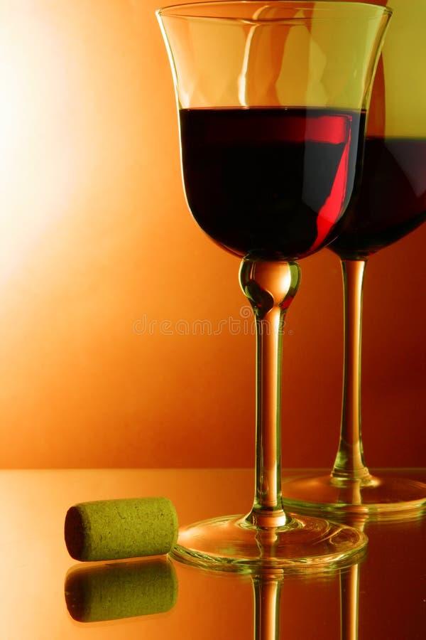 κόκκινο κρασί γυαλιών φε&la στοκ εικόνες