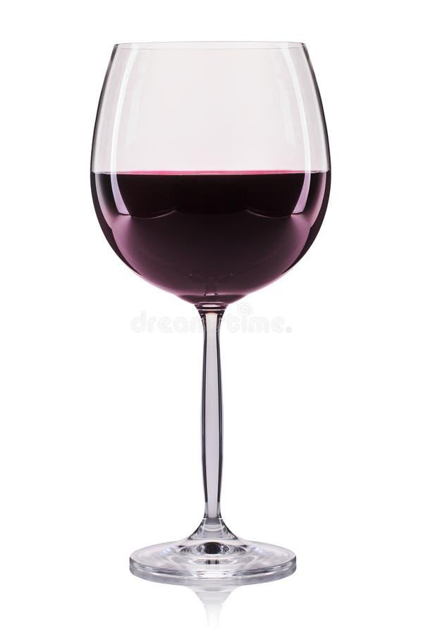Κόκκινο κρασί σε ένα γυαλί που απομονώνεται στο άσπρο υπόβαθρο στοκ εικόνα με δικαίωμα ελεύθερης χρήσης