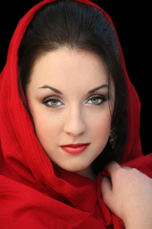 κόκκινο μαντίλι κοριτσιών στοκ εικόνες με δικαίωμα ελεύθερης χρήσης