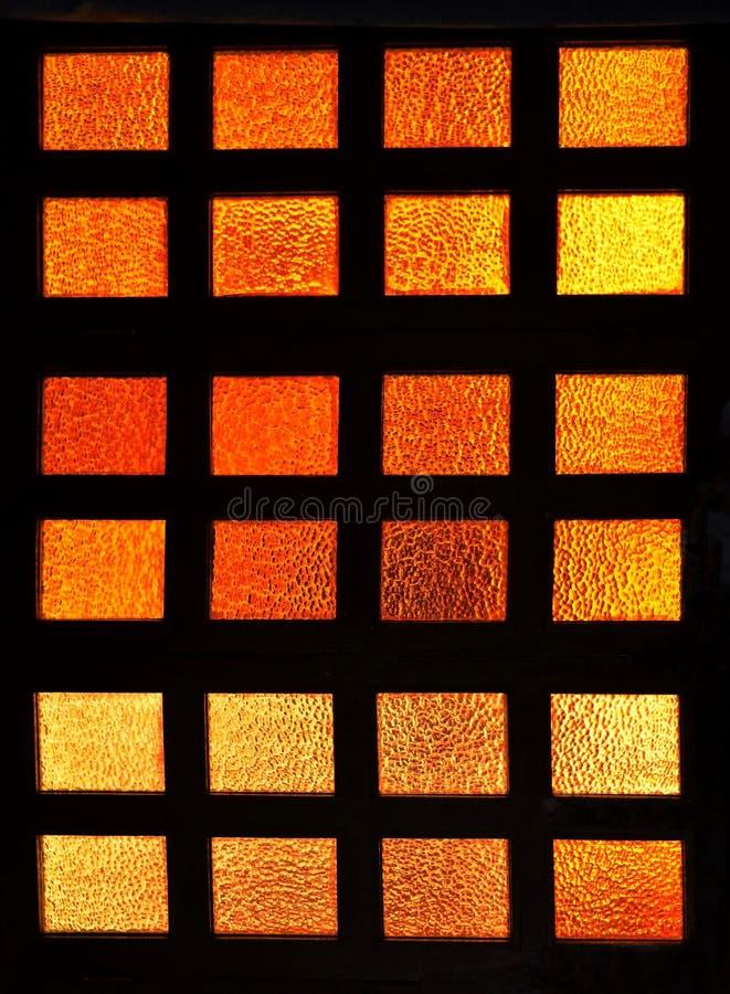 Κόκκινο πορτοκαλί παράθυρο γυαλιού στοκ φωτογραφία με δικαίωμα ελεύθερης χρήσης
