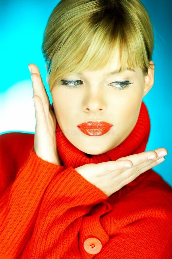 κόκκινο πουλόβερ στοκ εικόνες με δικαίωμα ελεύθερης χρήσης