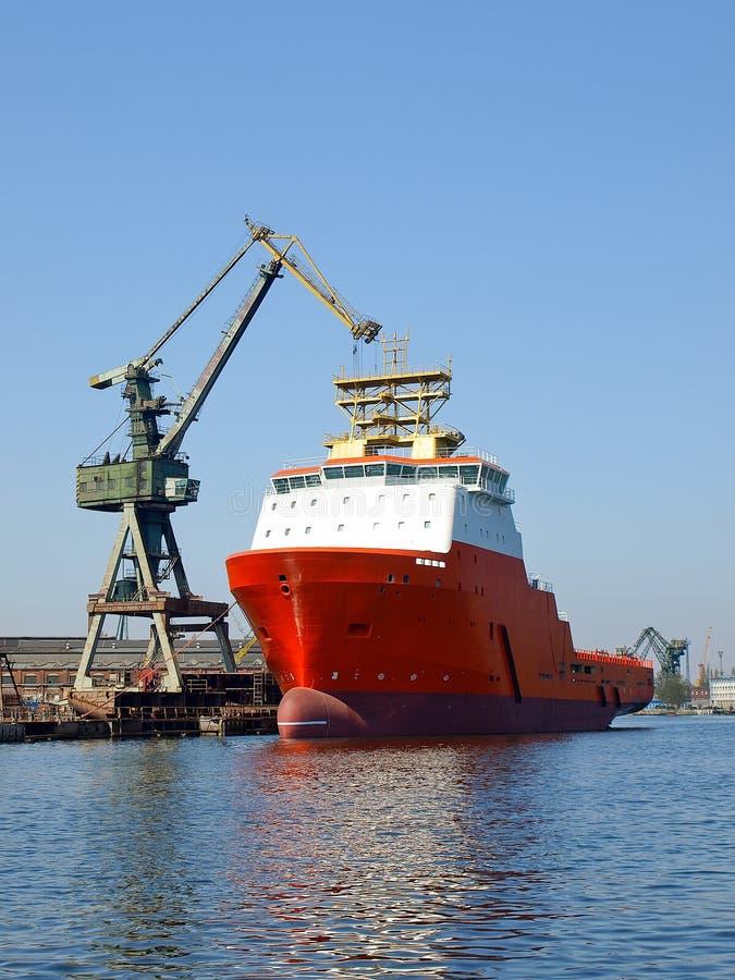 κόκκινο ρυμουλκό ναυπη&gamma στοκ φωτογραφία με δικαίωμα ελεύθερης χρήσης