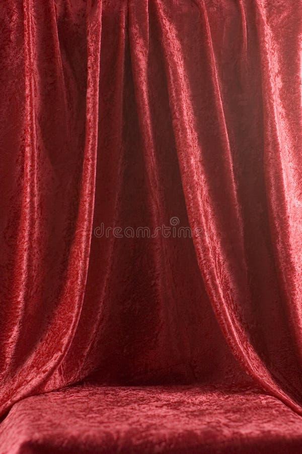 κόκκινο σκηνικό βελούδο στοκ εικόνα με δικαίωμα ελεύθερης χρήσης