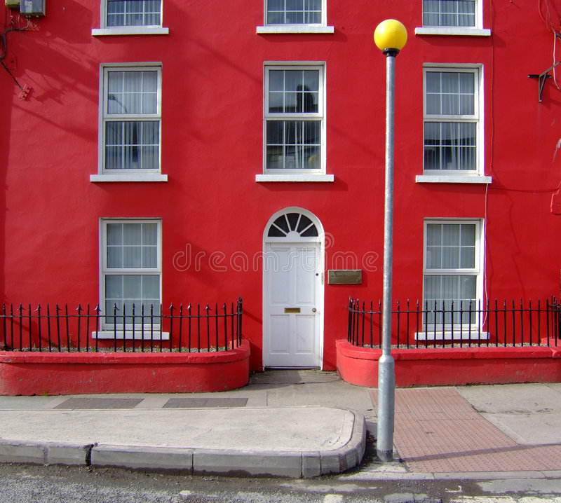 κόκκινο σπιτιών στοκ εικόνες με δικαίωμα ελεύθερης χρήσης