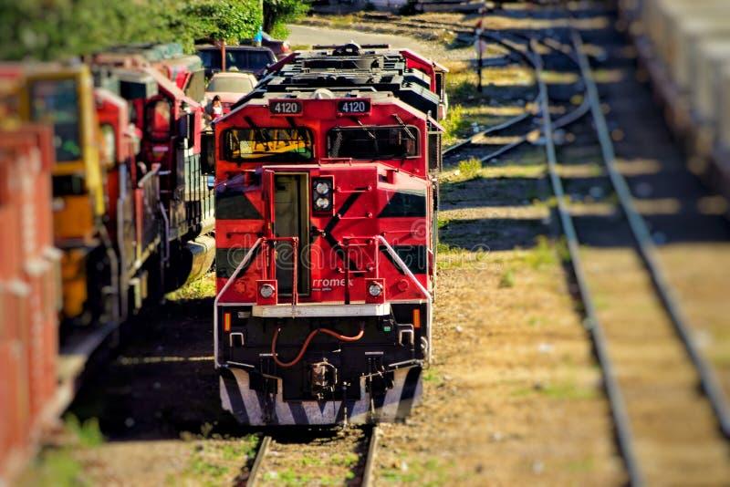 κόκκινο τραίνο στοκ φωτογραφίες
