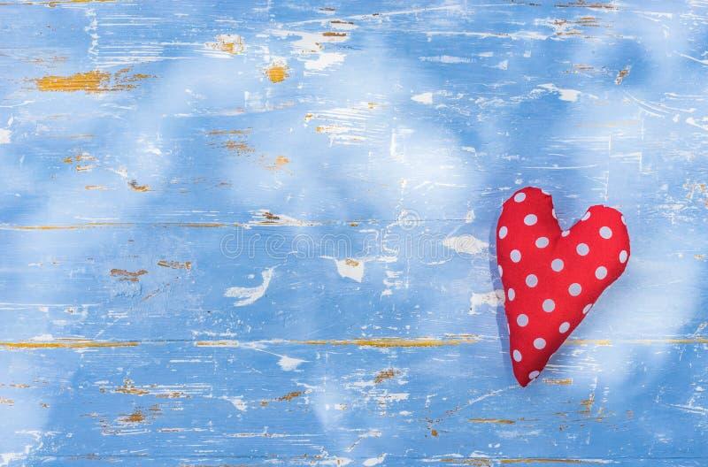 Κόκκινο υπόβαθρο καρδιών αγάπης για την ημέρα βαλεντίνων, το γάμο ή την ημέρα μητέρων ` s στοκ εικόνα
