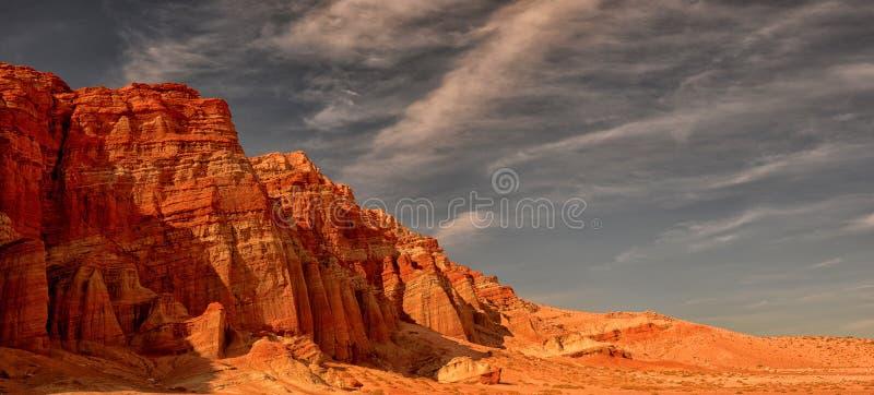 Κόκκινο φαράγγι βράχου στοκ φωτογραφία