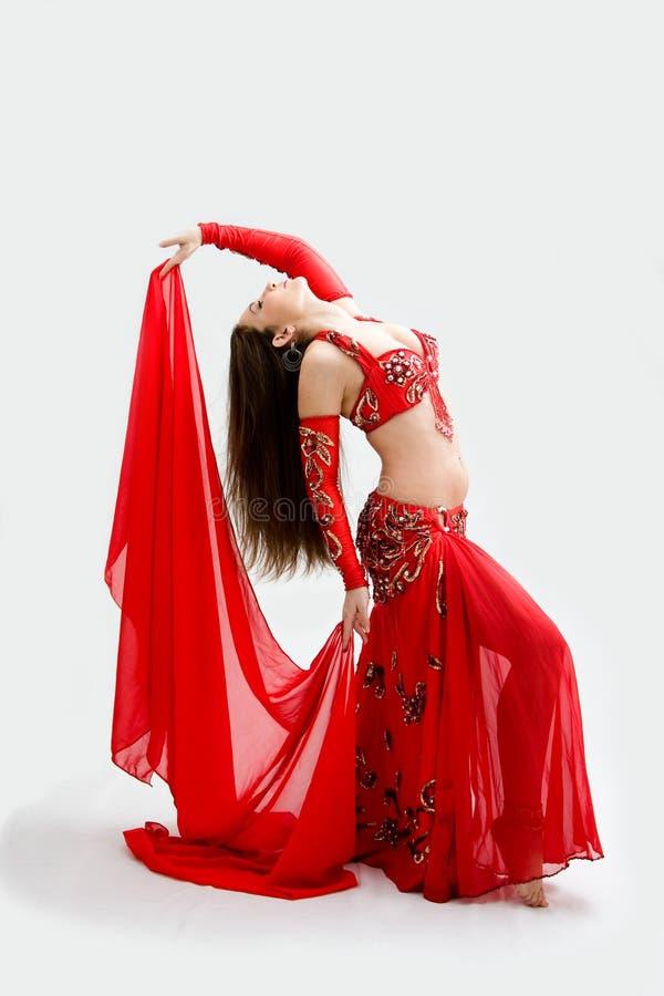 κόκκινο χορευτών κοιλιώ&nu στοκ εικόνα με δικαίωμα ελεύθερης χρήσης