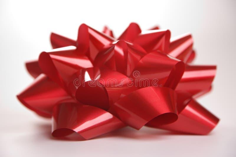 κόκκινο Χριστουγέννων τόξ&om στοκ φωτογραφία