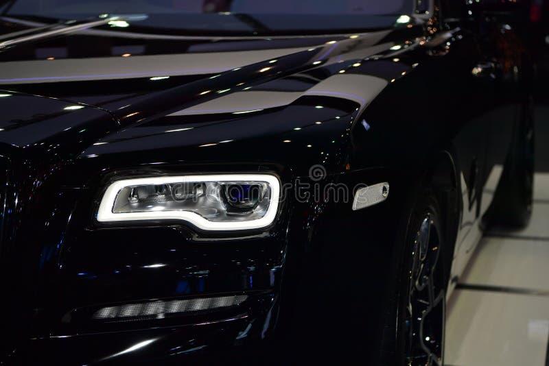Κόκκινο Wraith αυτοκίνητο Rolls-$l*royce στοκ φωτογραφία με δικαίωμα ελεύθερης χρήσης